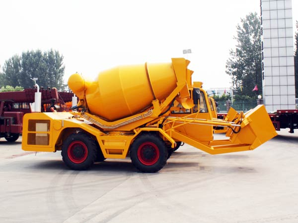 CL3000 self loader mixer truck